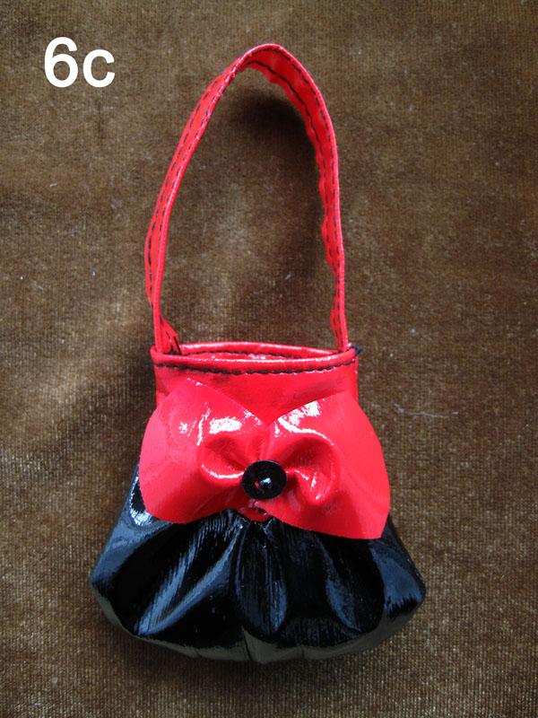 Сшить сумки для кукол барби